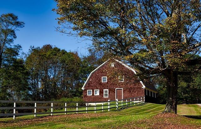 barn in milldale CT